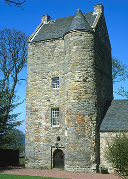 Cramond tower the scottish castles association for Tower house for sale