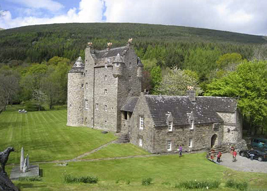 Dunderave Castle Argyll May 2010