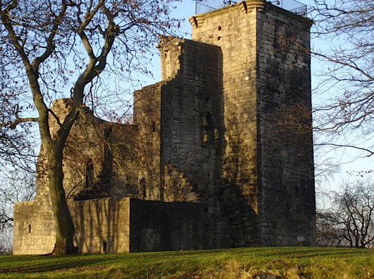 Crookston Castle (Glasgow)