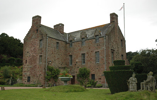 Fingask Castle 2011