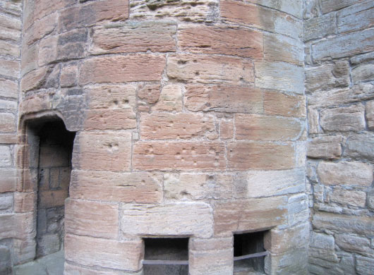 Linlithgow Palace bullet holes